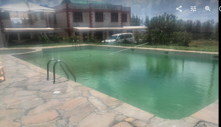 Country resort Swimming pool