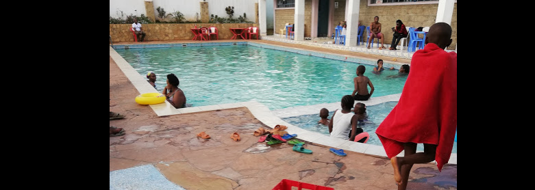 Villa Park springs, Wangige  Swimming Pool