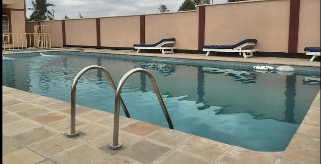 Farlane Riviera Hotel