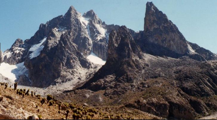 Mt Kenya Trekking. Sirimon – Chogoria