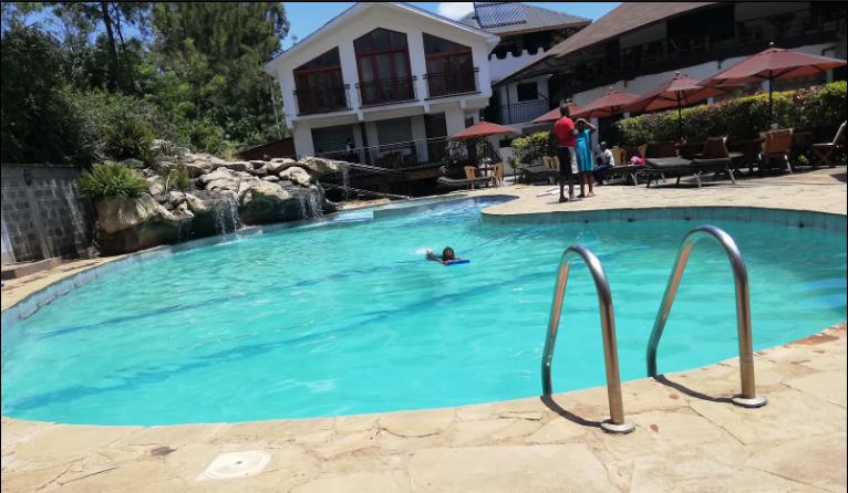 Brookhaven Garden, Karen  Swimming Pool